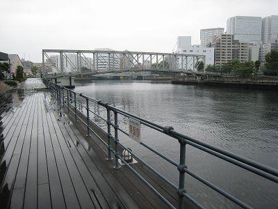 2011073103